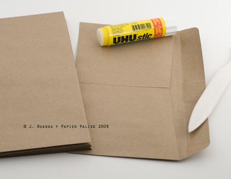 Envelope_Book_ScoringBackPocket_Flap
