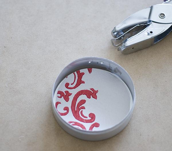 Tin_ShadowBox_Ornaments_Lining_Punching_Holes_Papier_Valise