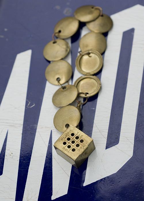 Tictactoe bracelet_scissor variations blog