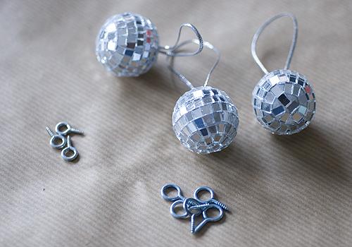 Mini disco ball garland2 papiervalise.typepad.com